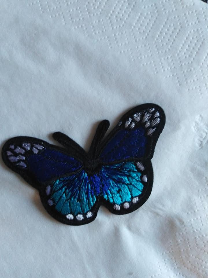 Nažehlovací aplikace - motýl modrý