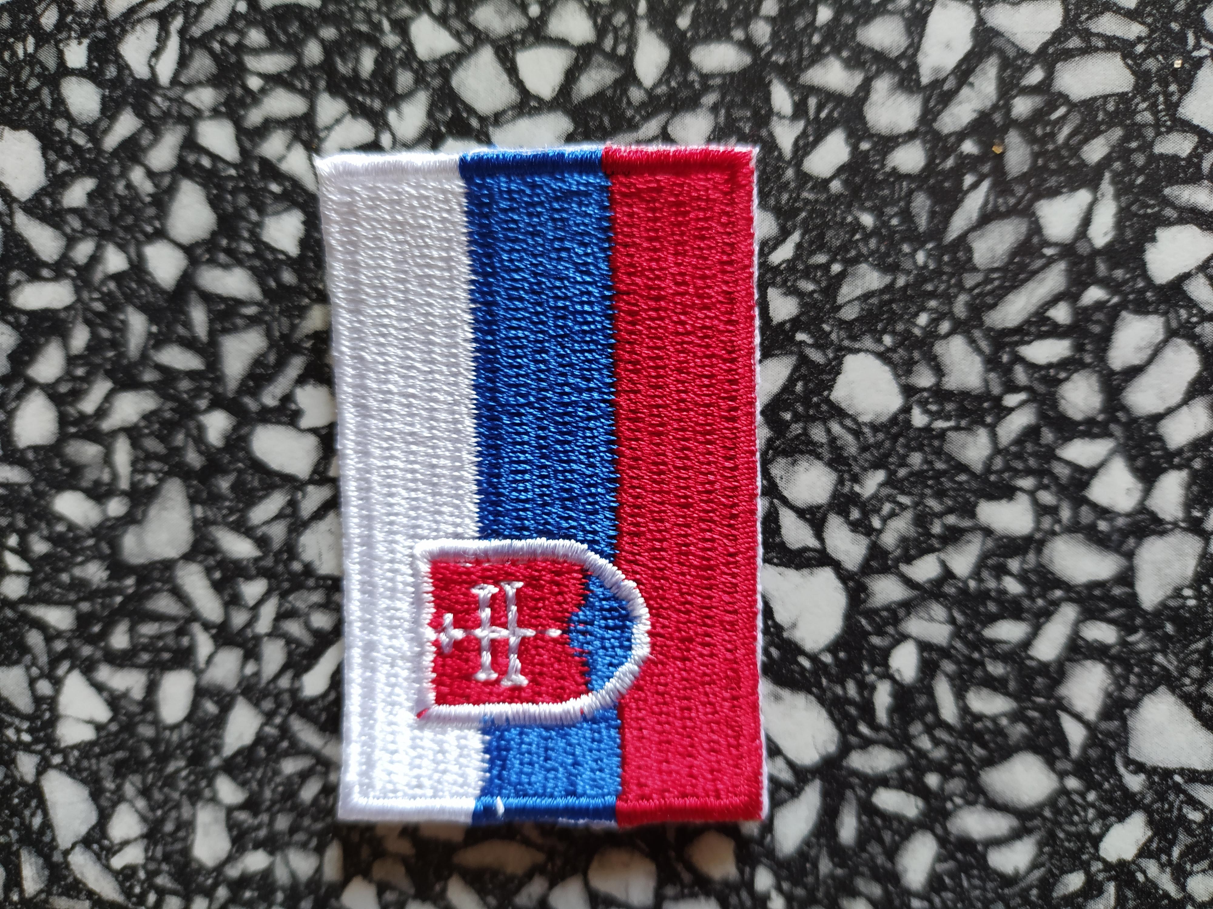 Vlajka vyšívaná zažehlovací SK