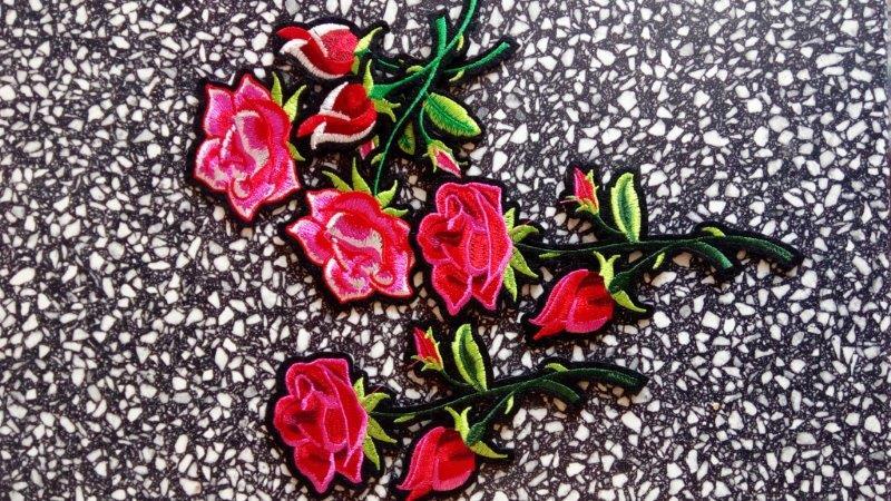 Aplikace nažehlovací - červená růže