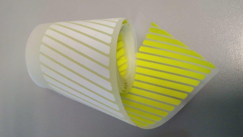 Páska reflexní nažehlovací šrafování 50 mm žlutá