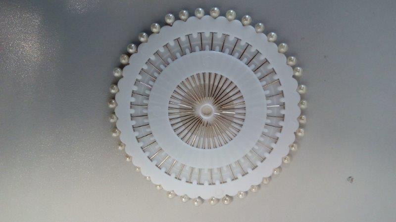 Špendlíky rozeta 40 ks skleněná hlavička