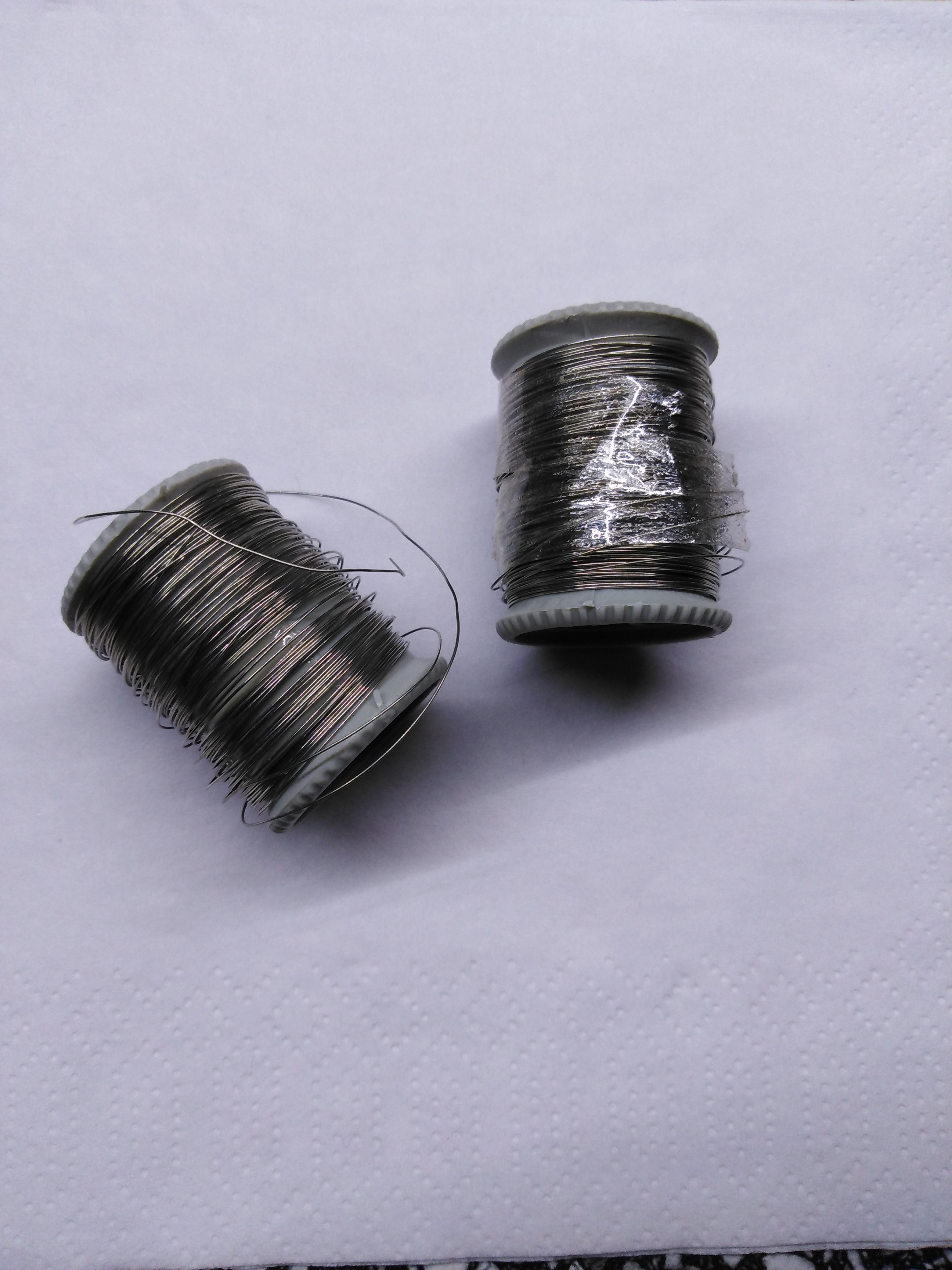 Drátek bižuterní cívka 7 m stříbrná