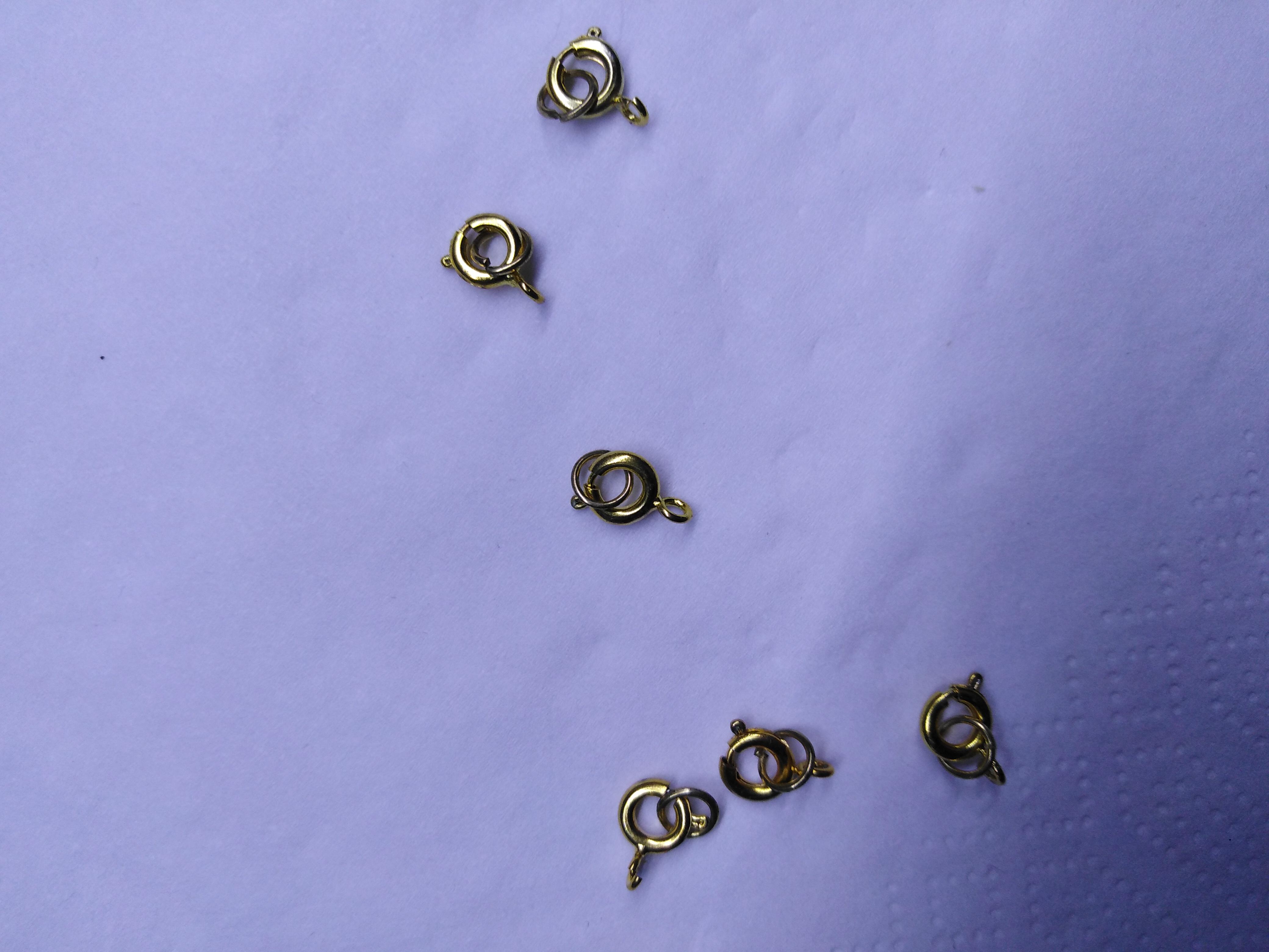 Zapínání na korálky kruhové zlaté