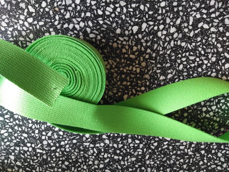 Popruh bavlněný 30 mm jarní zeleň