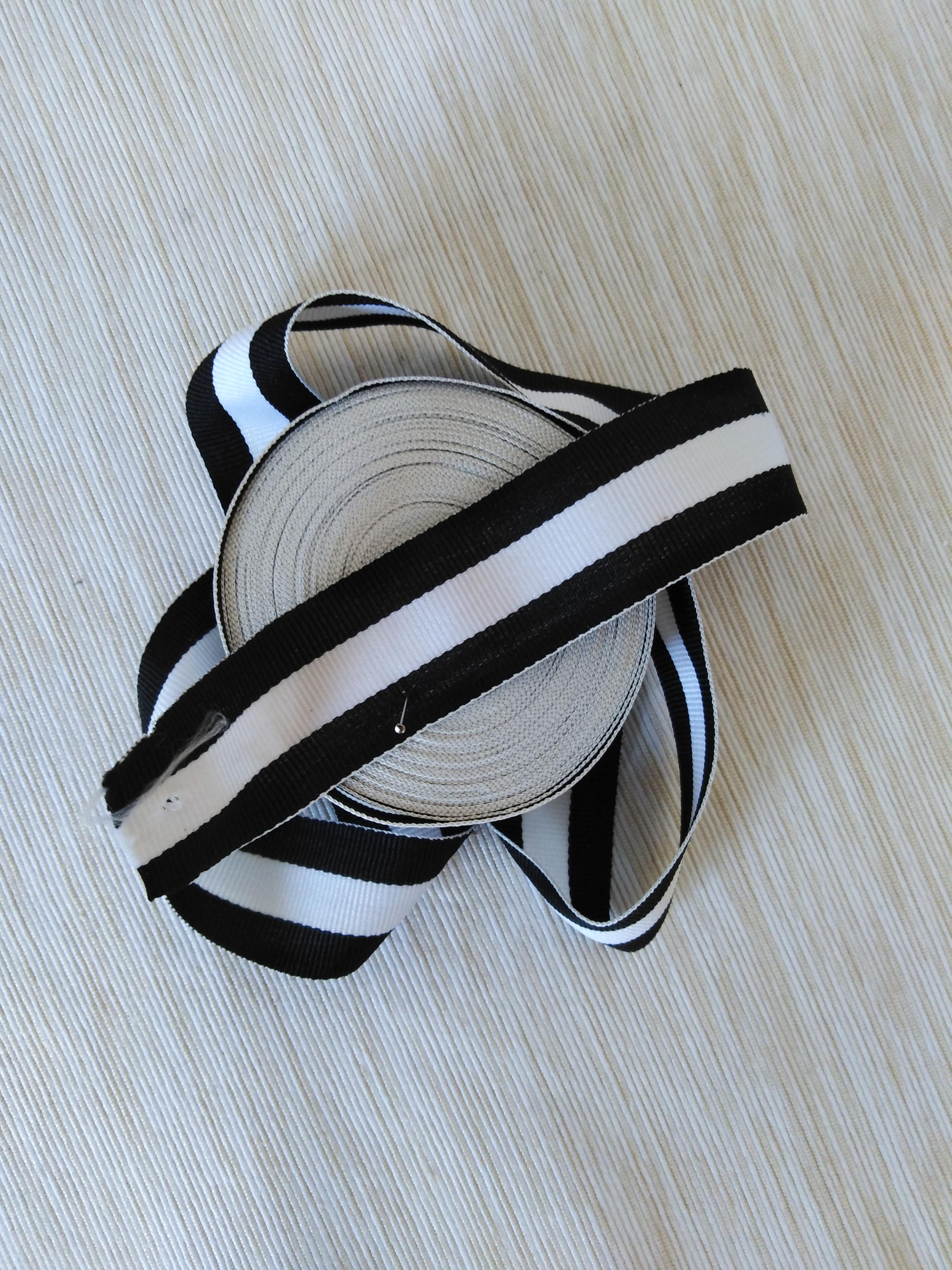 Lampas 30 mm černý - bílý