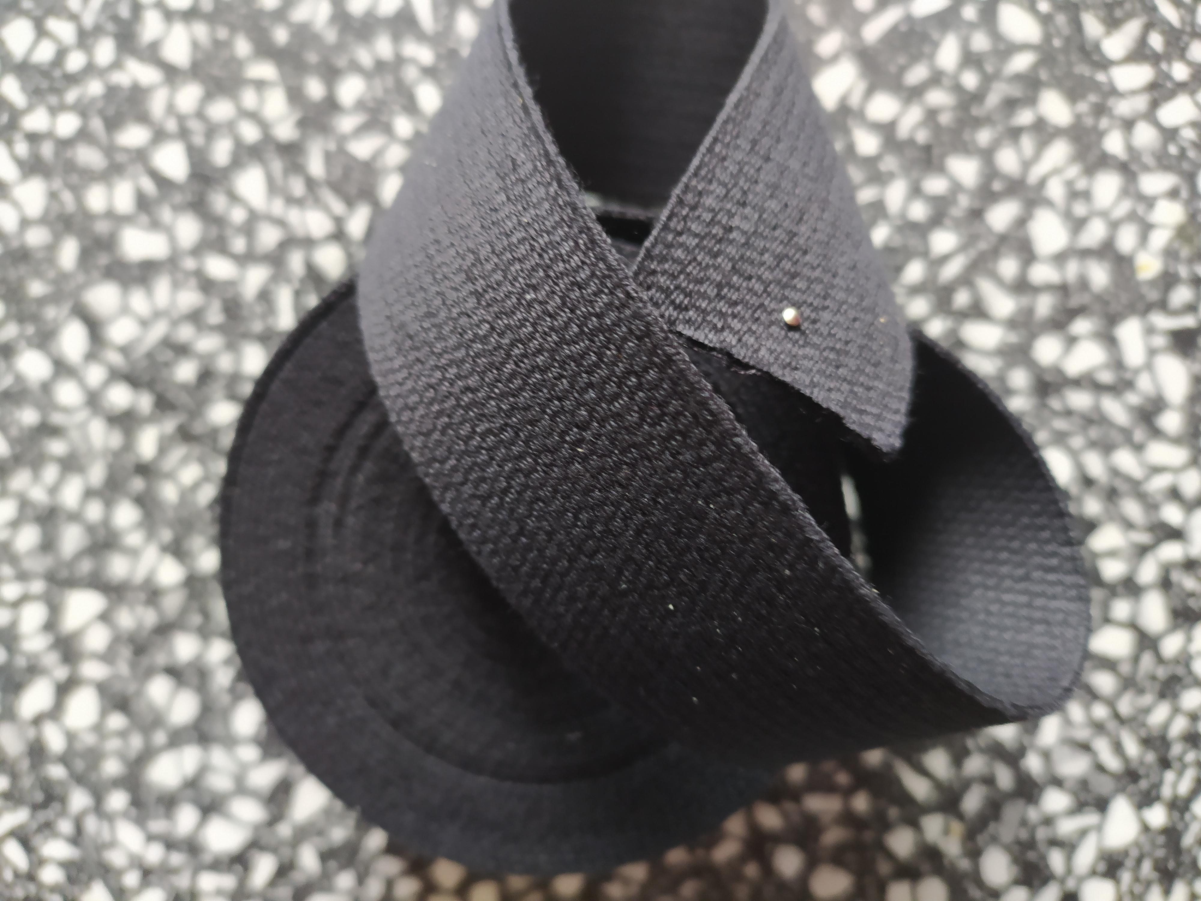 Popruh bavlněný 30 mm černý