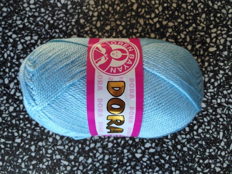 Příze Dora nebeská modř 011