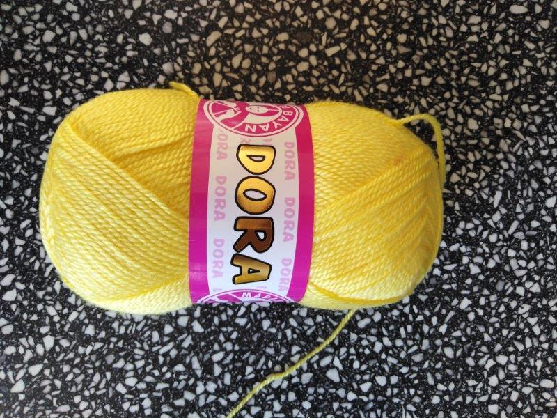Příze Dora světle žlutá 028