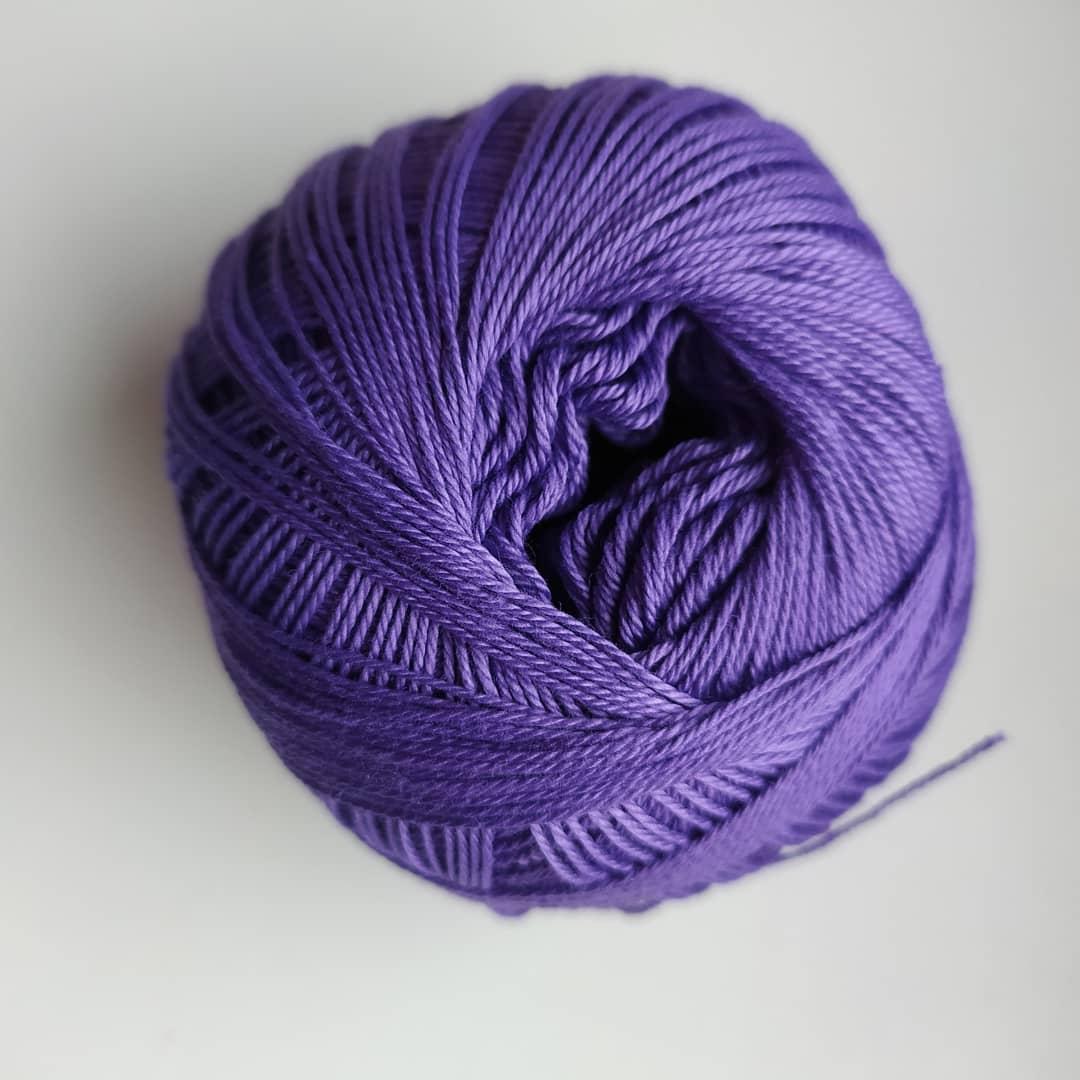 Příze Sněhurka středně fialová 4574