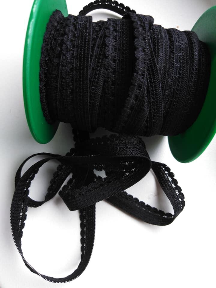 Pruženka prádlová 9 mm černá