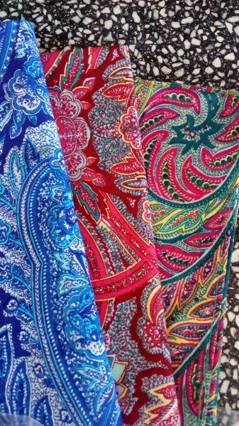 Bavlněný šátek 70 x 70 cm, kašmír červený