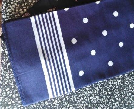 Bavlněný šátek 67 x 67 cm, modrobílý puntík