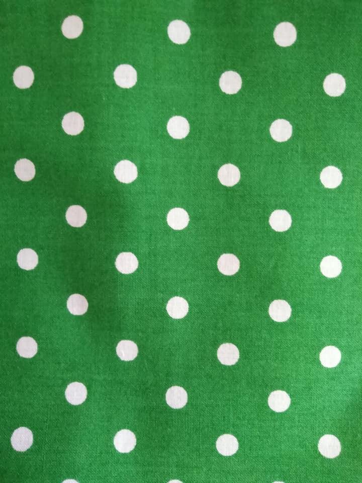 Bavlněný šátek 65 x 65 cm, zeleno bílý puntík 5 mm