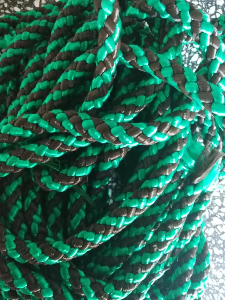 Šňůra proplétaná barevná 10 mm zelená černá
