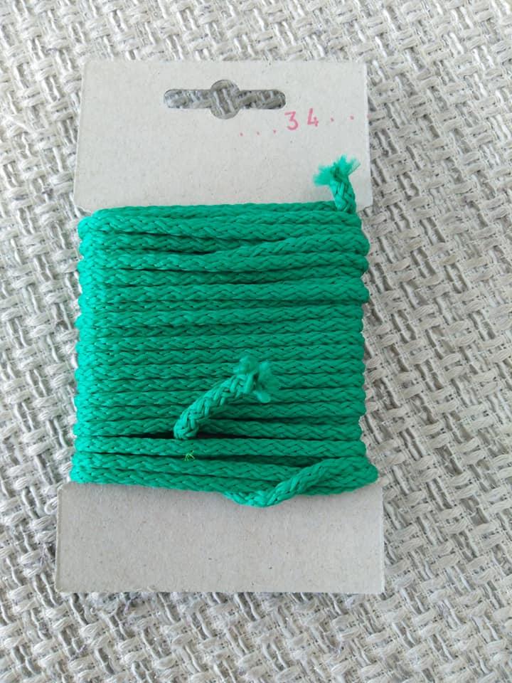 Šňůra oděvní polyesterová 4 mm karta 5 m trávová zelená