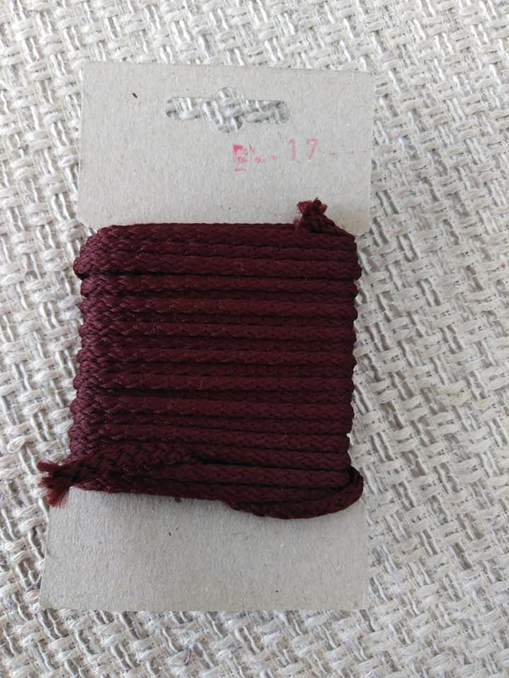 Šňůra oděvní polyesterová 4 mm karta 5 m tmavá šeříková
