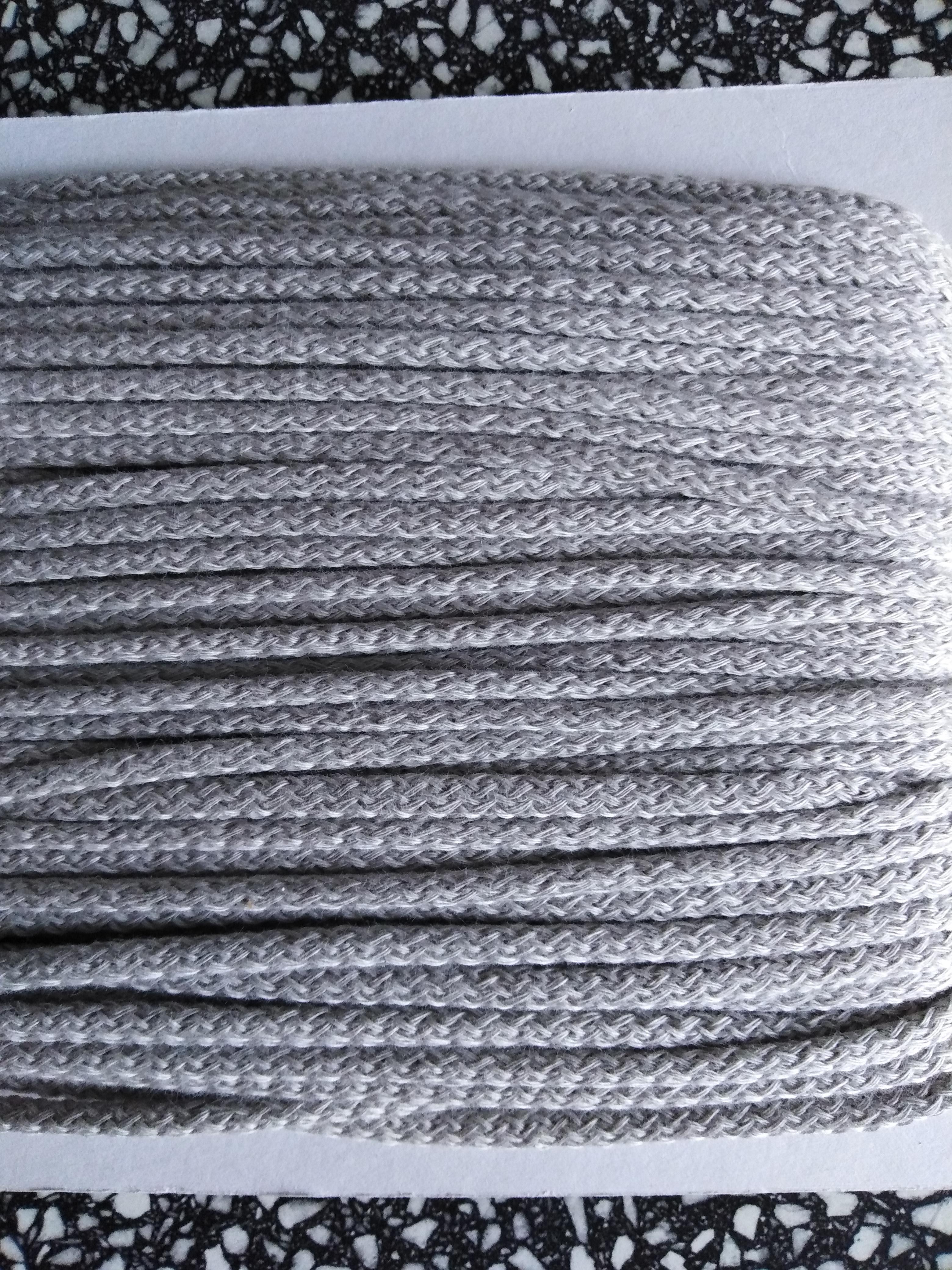 Šňůra oděvní bavlněná 4 mm světle šedá