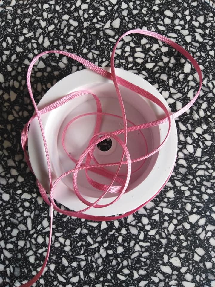 Dutinka šňůra 4 mm růžová