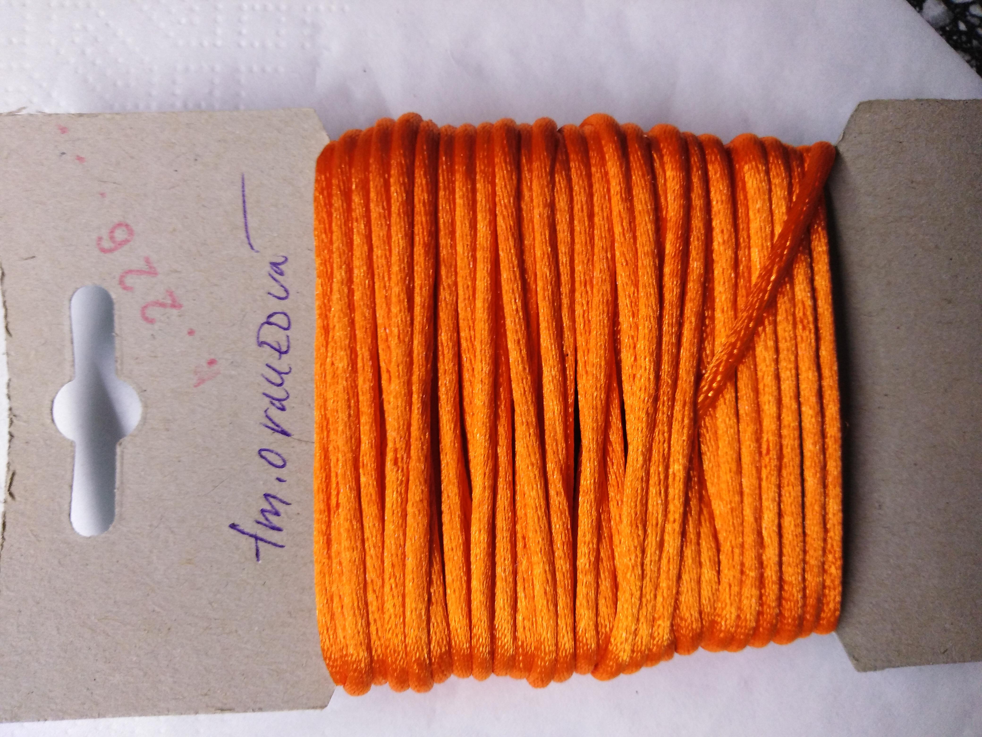 Šňůrka atlasová 2 mm tmavě oranžová