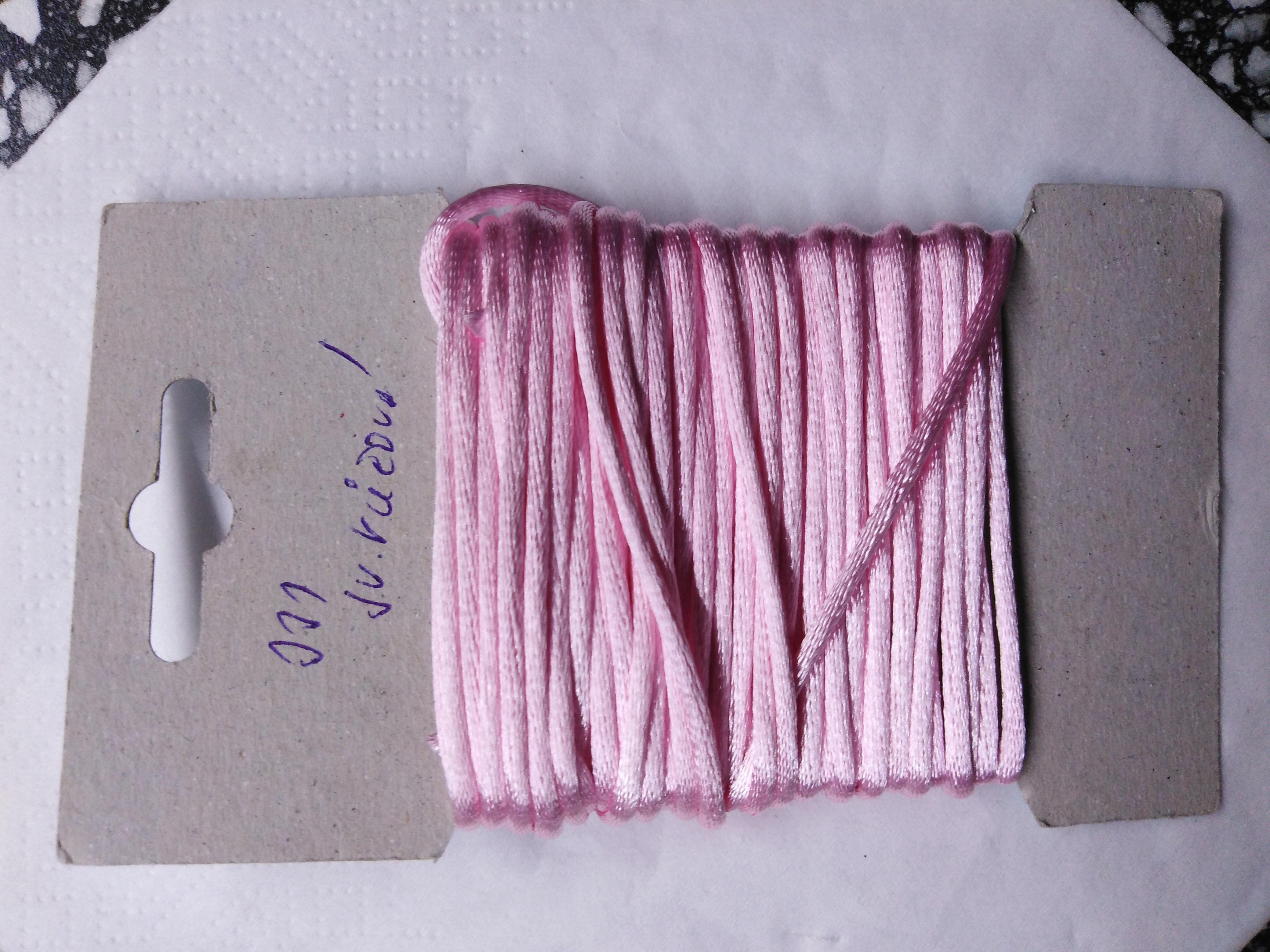 Šňůrka atlasová 2 mm světle růžová