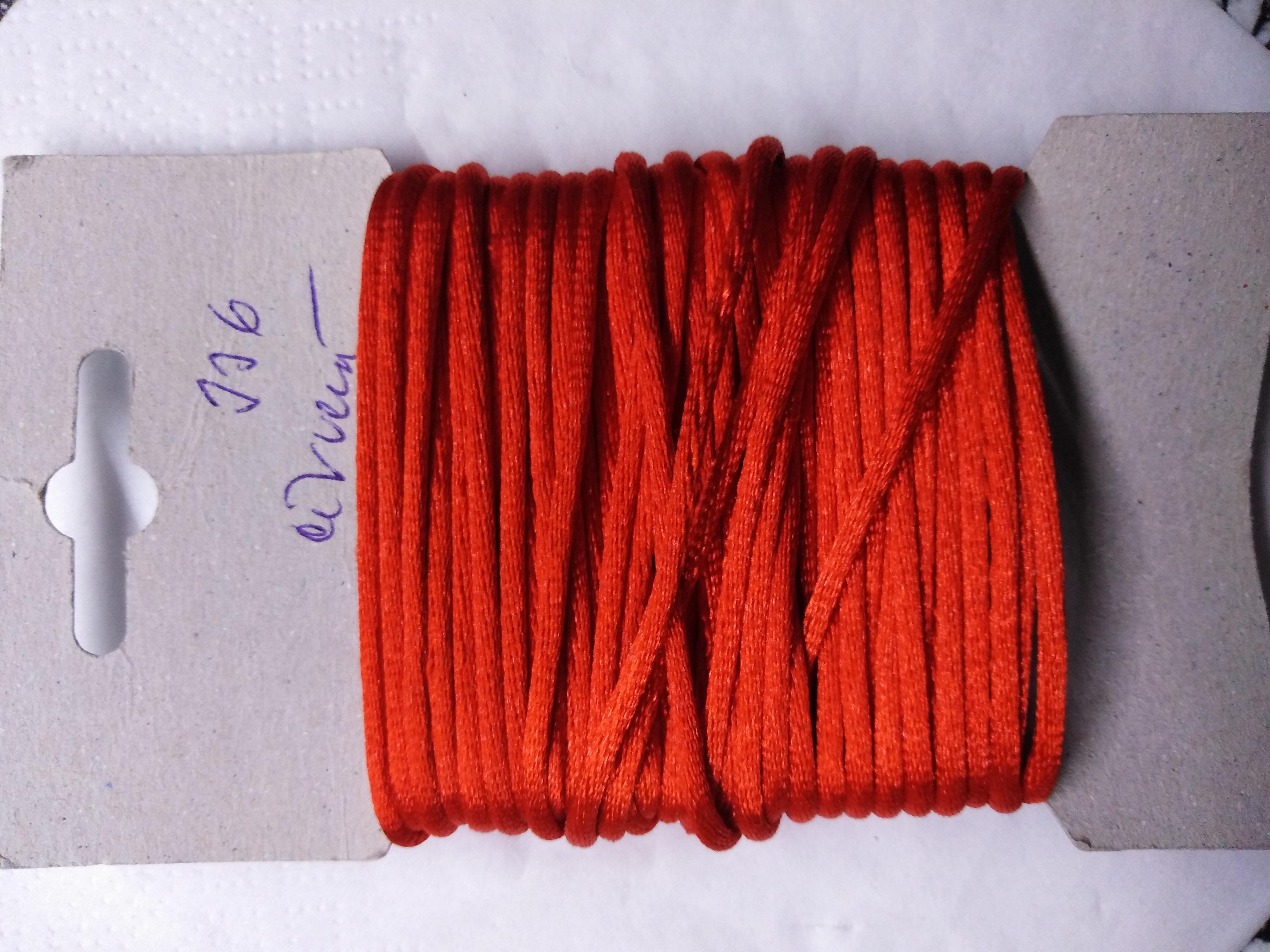 Šňůrka atlasová 2 mm červená
