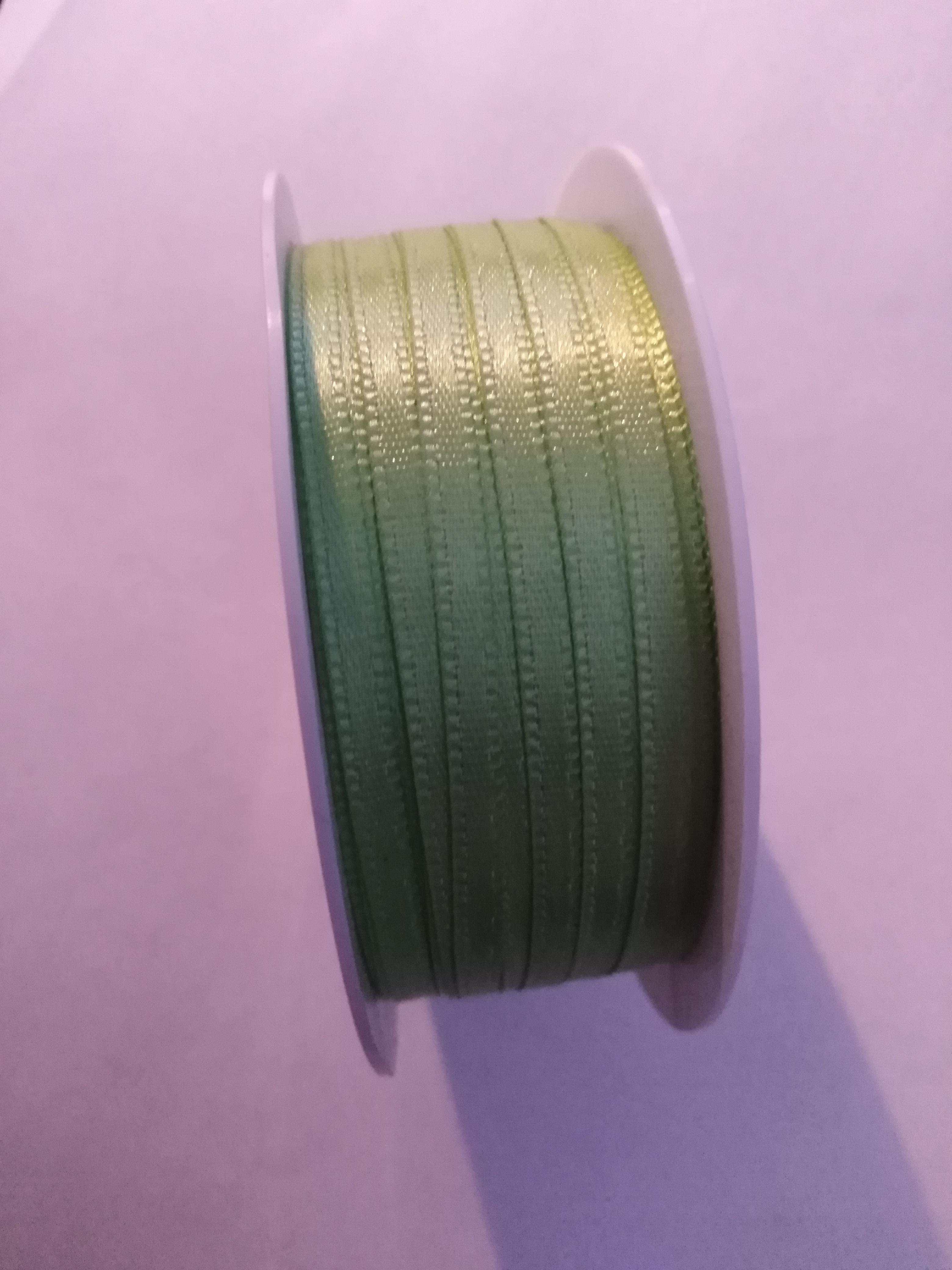 Stuha saténová 3 mm světle zelená