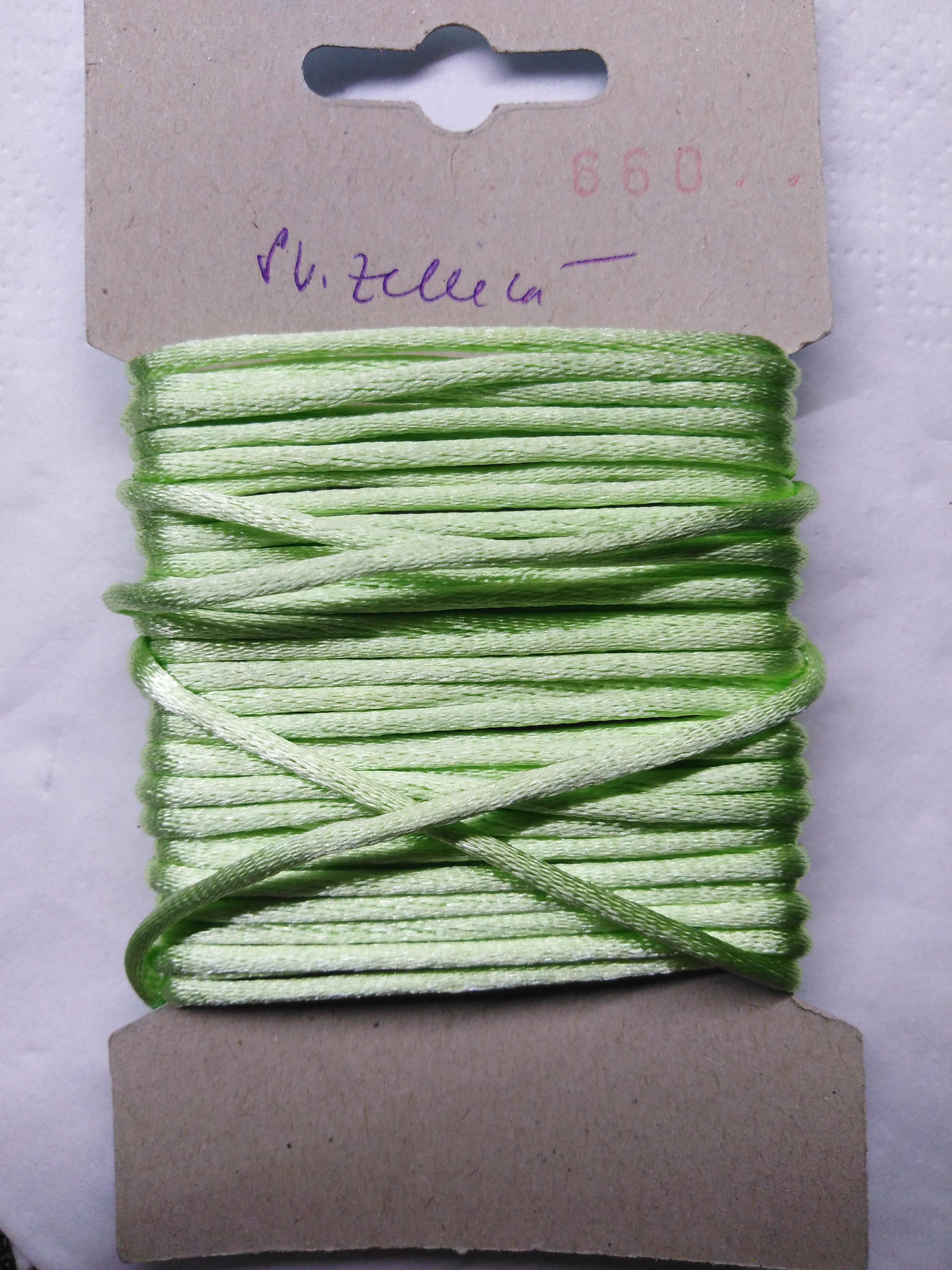 Šňůrka atlasová 2 mm světle zelená