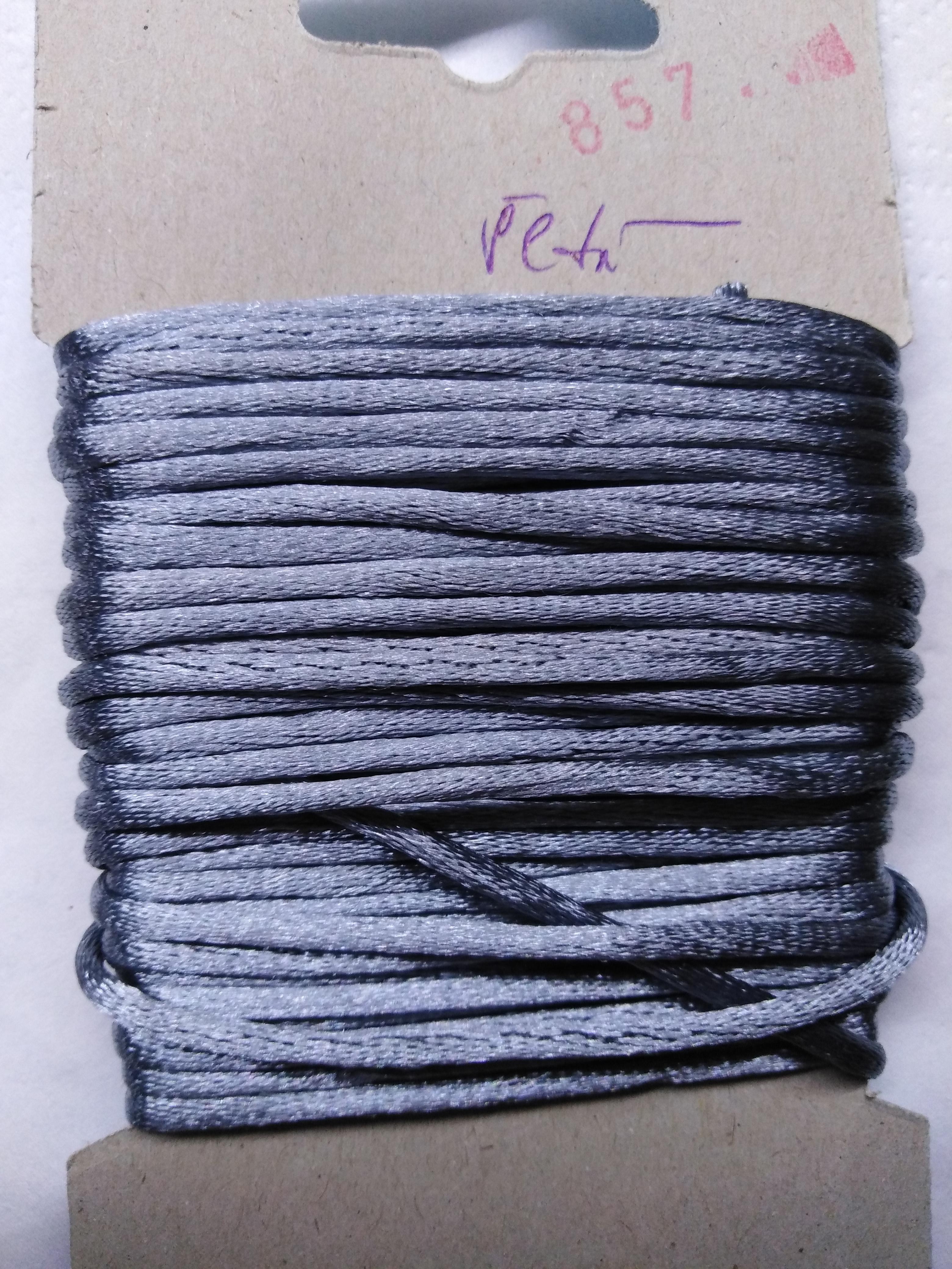 Šňůrka atlasová 2 mm šedá