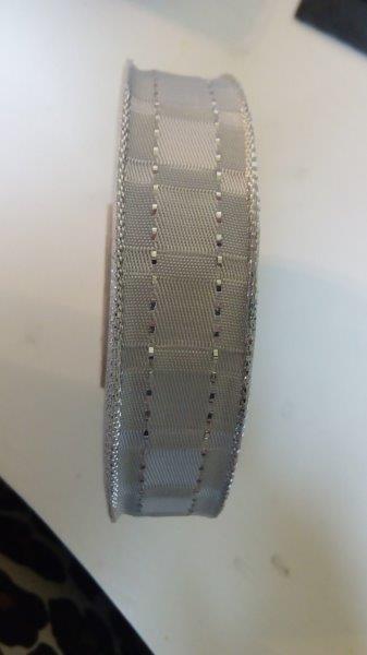Stuha ozdobná s drátem 25 mm bílostříbrná