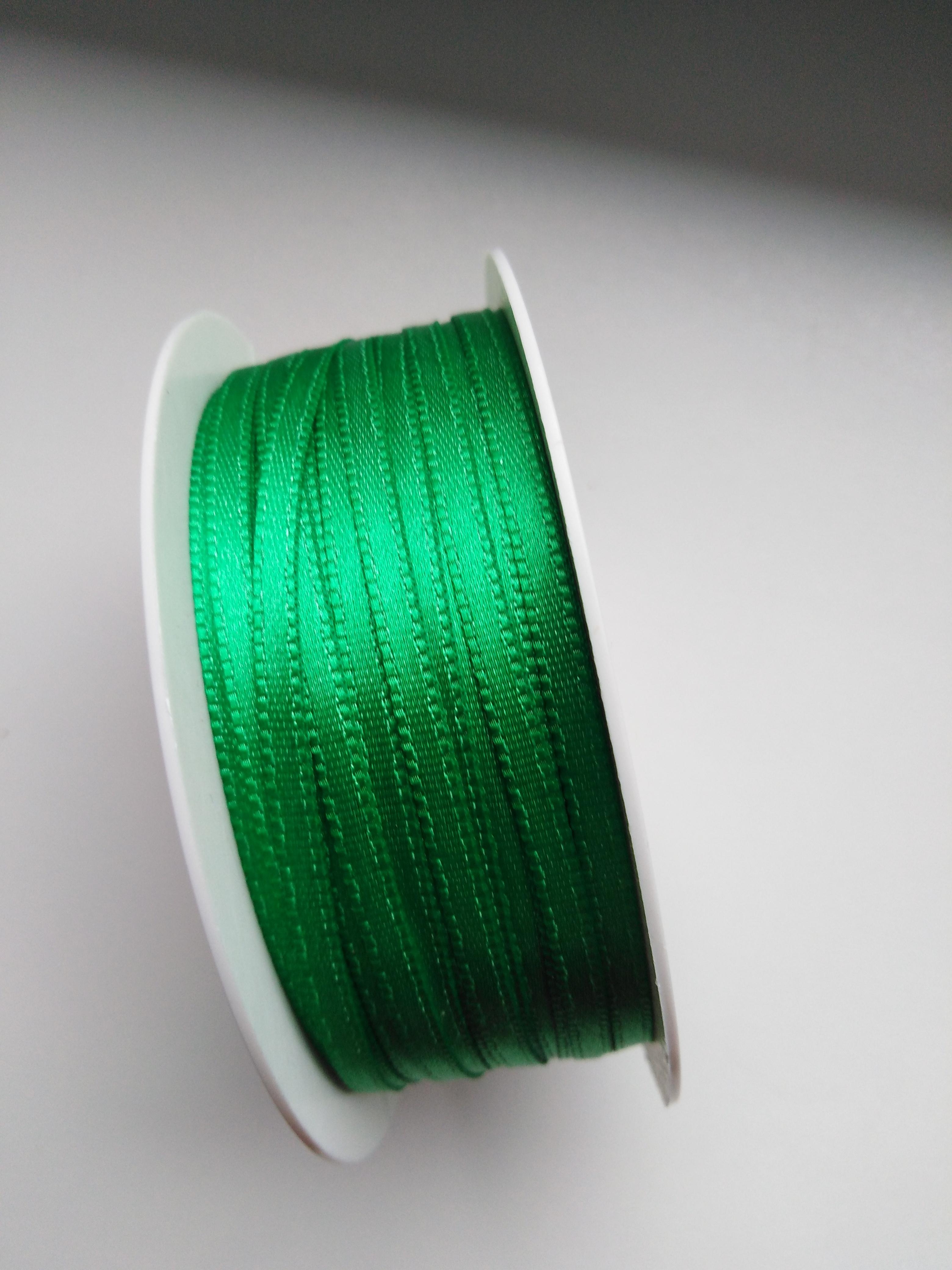 Stuha saténová 3 mm zelená