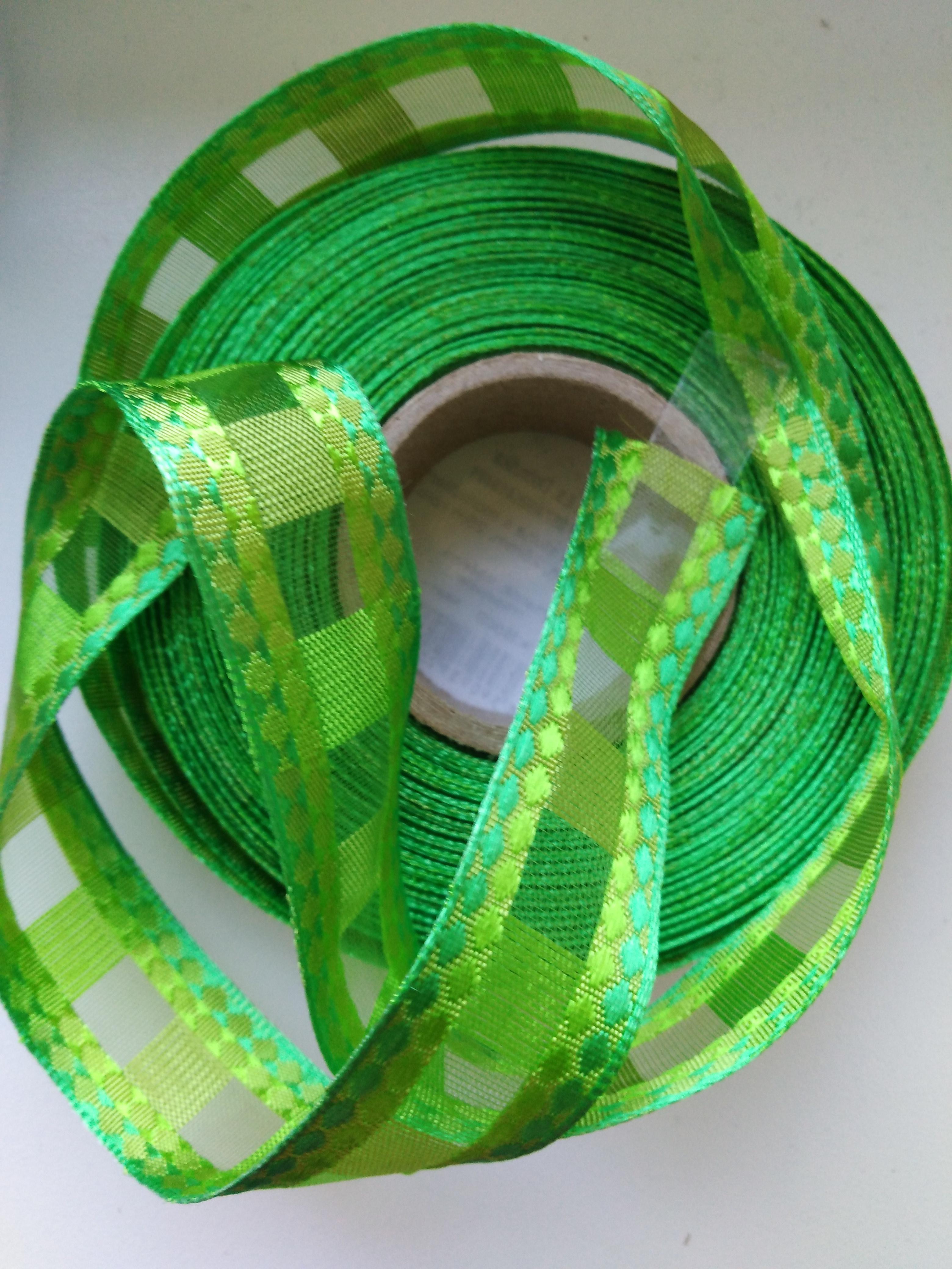 Stuha monofilová s drátem 25 mm jarní zeleň
