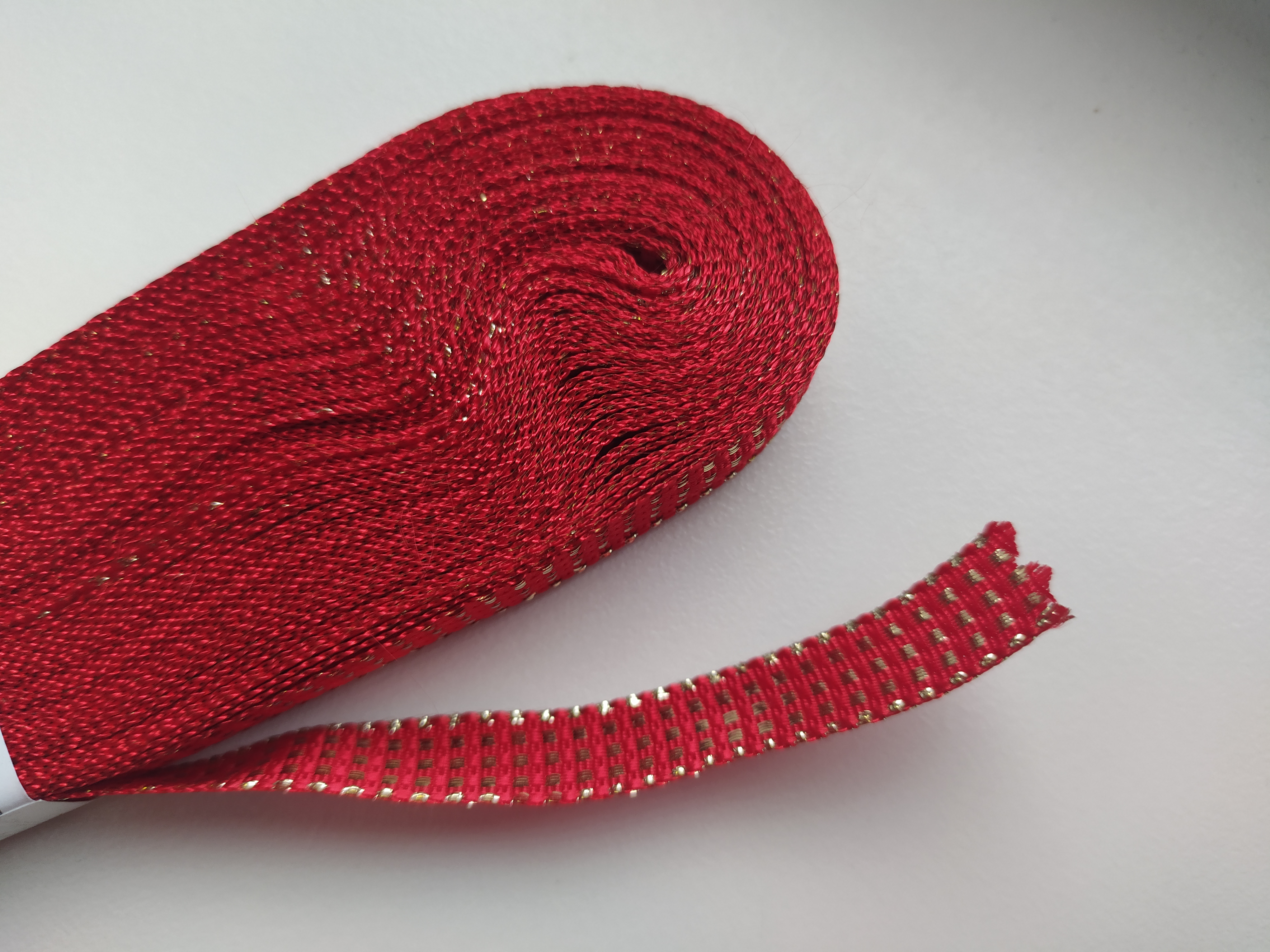 Stuha plátnová s MTP 10 mm červenozlatá