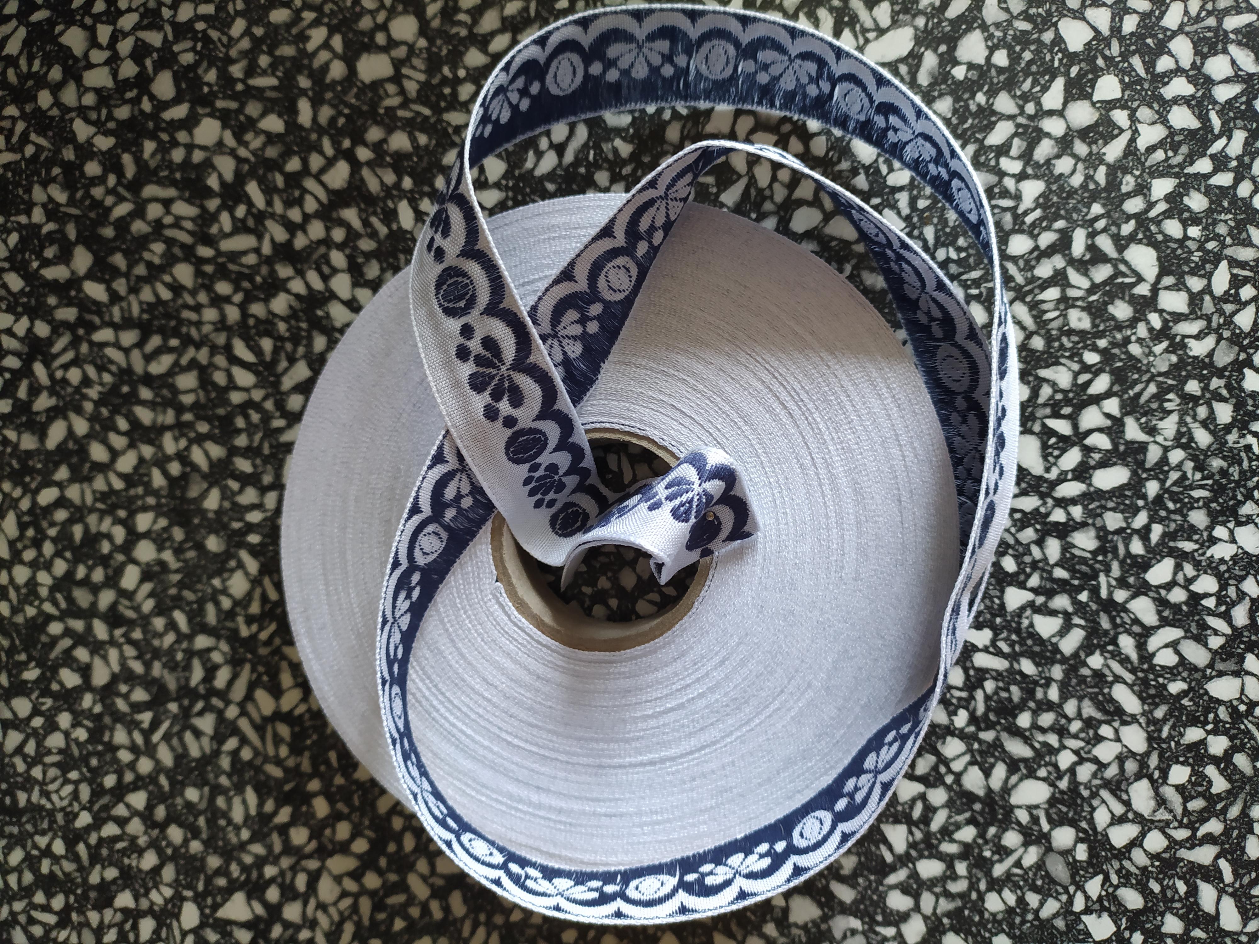 Stuha zoubková 20 mm bavlna tmavě modrá