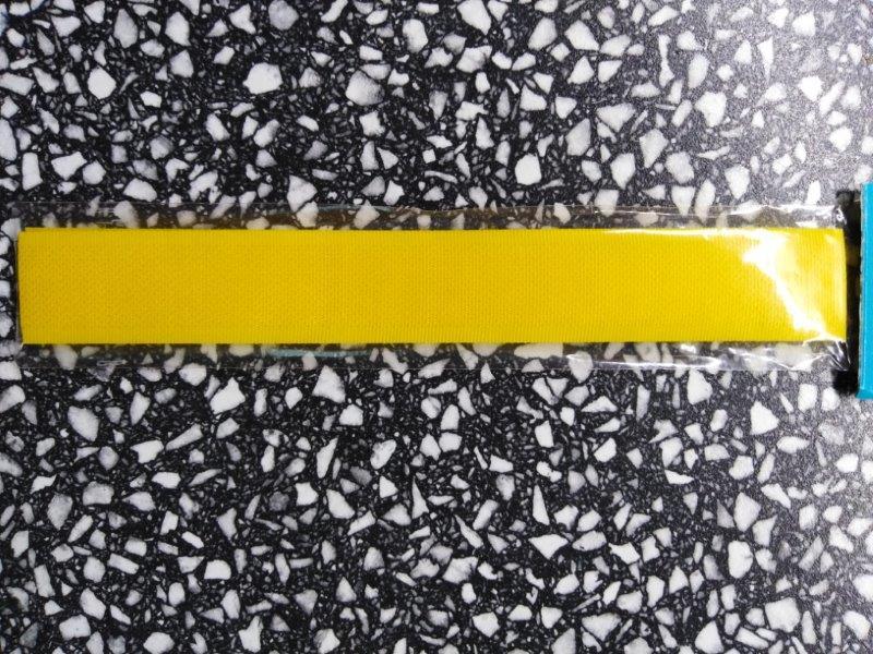 Stuhový uzávěr 20 mm ks 15 cm sytě žlutý