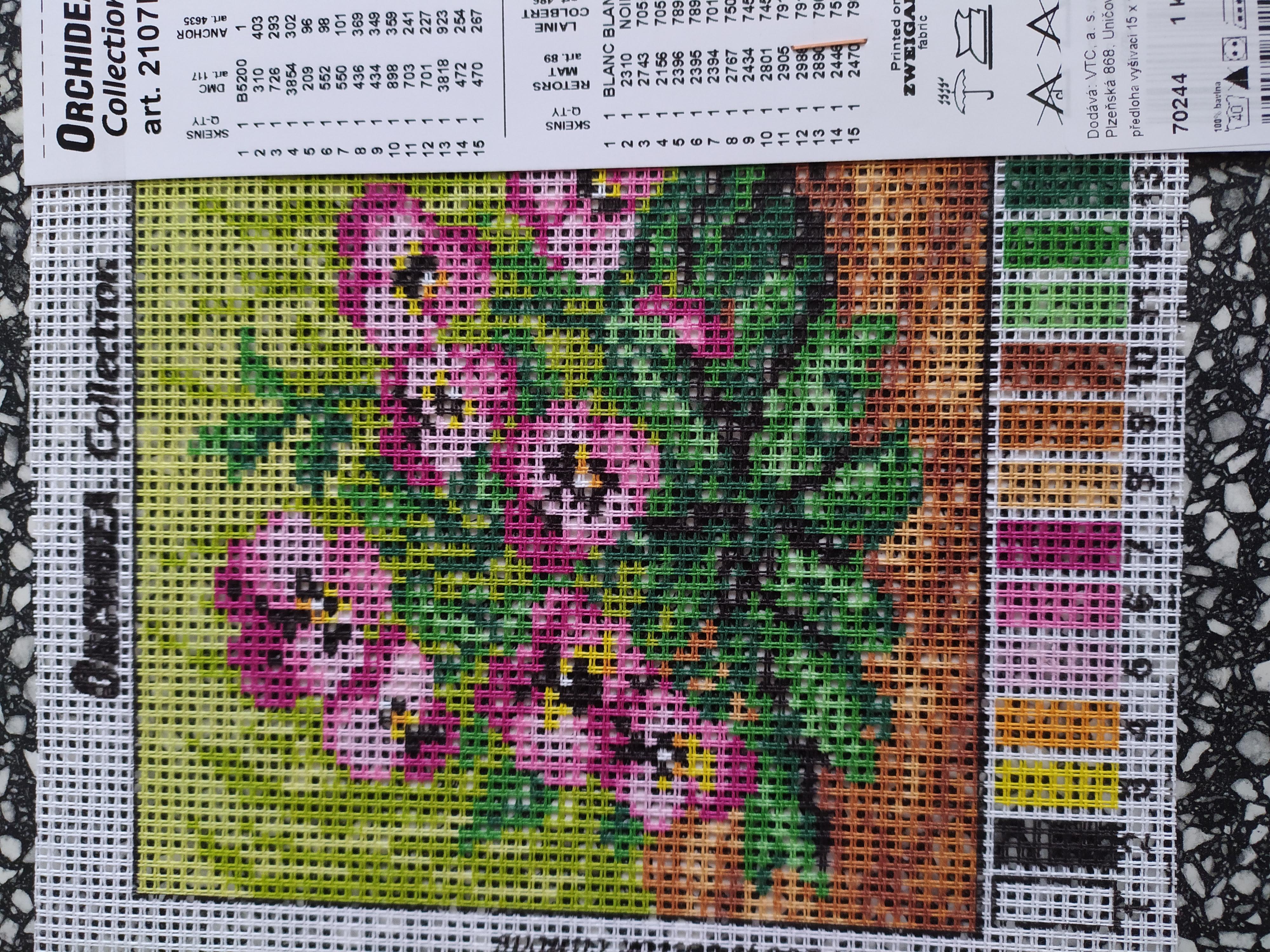 Předloha na vyšívání 15 x 15 cm květiny 1