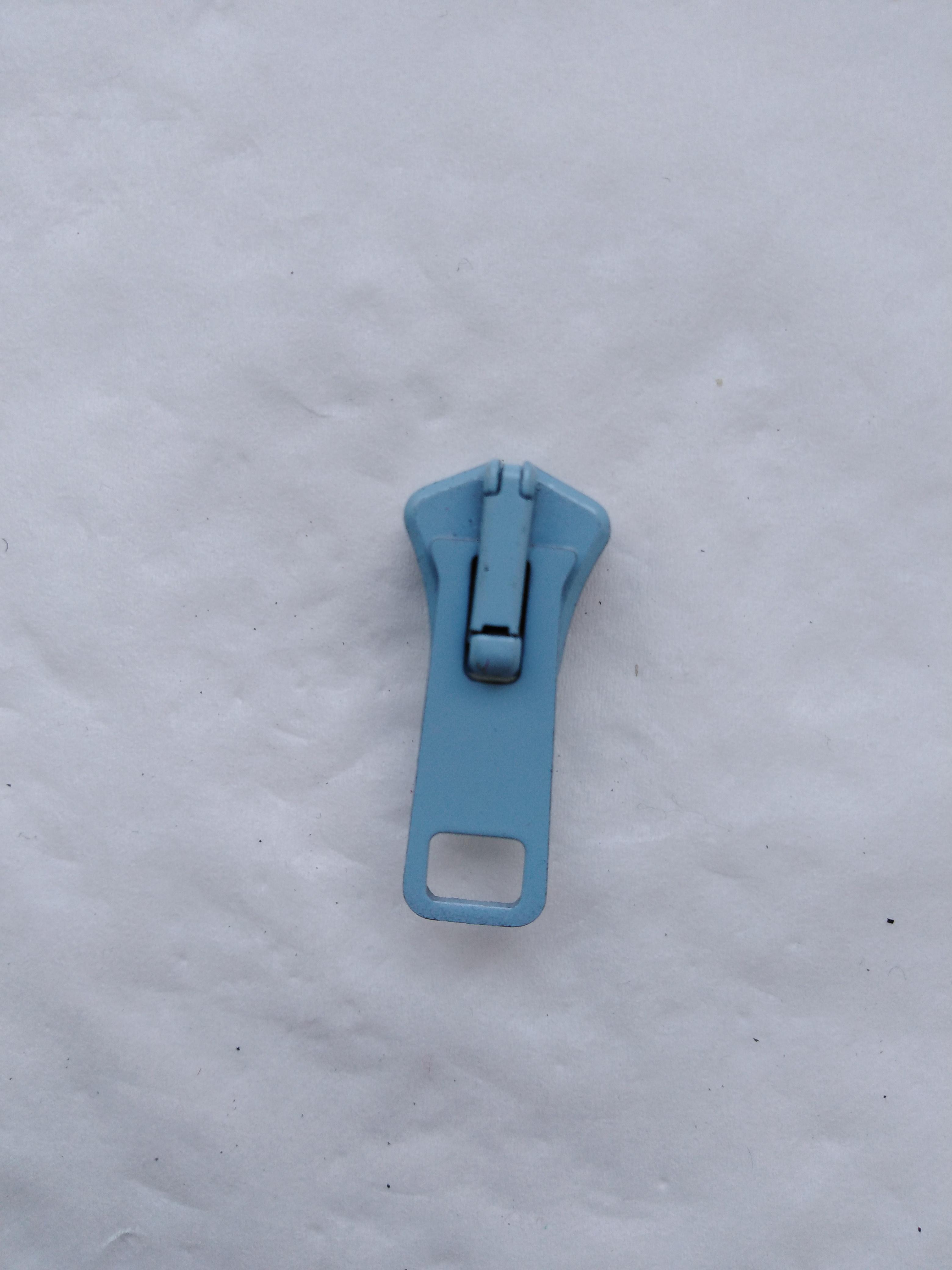 Jezdec k zipům PH6 aretační lakovaný světle modrý