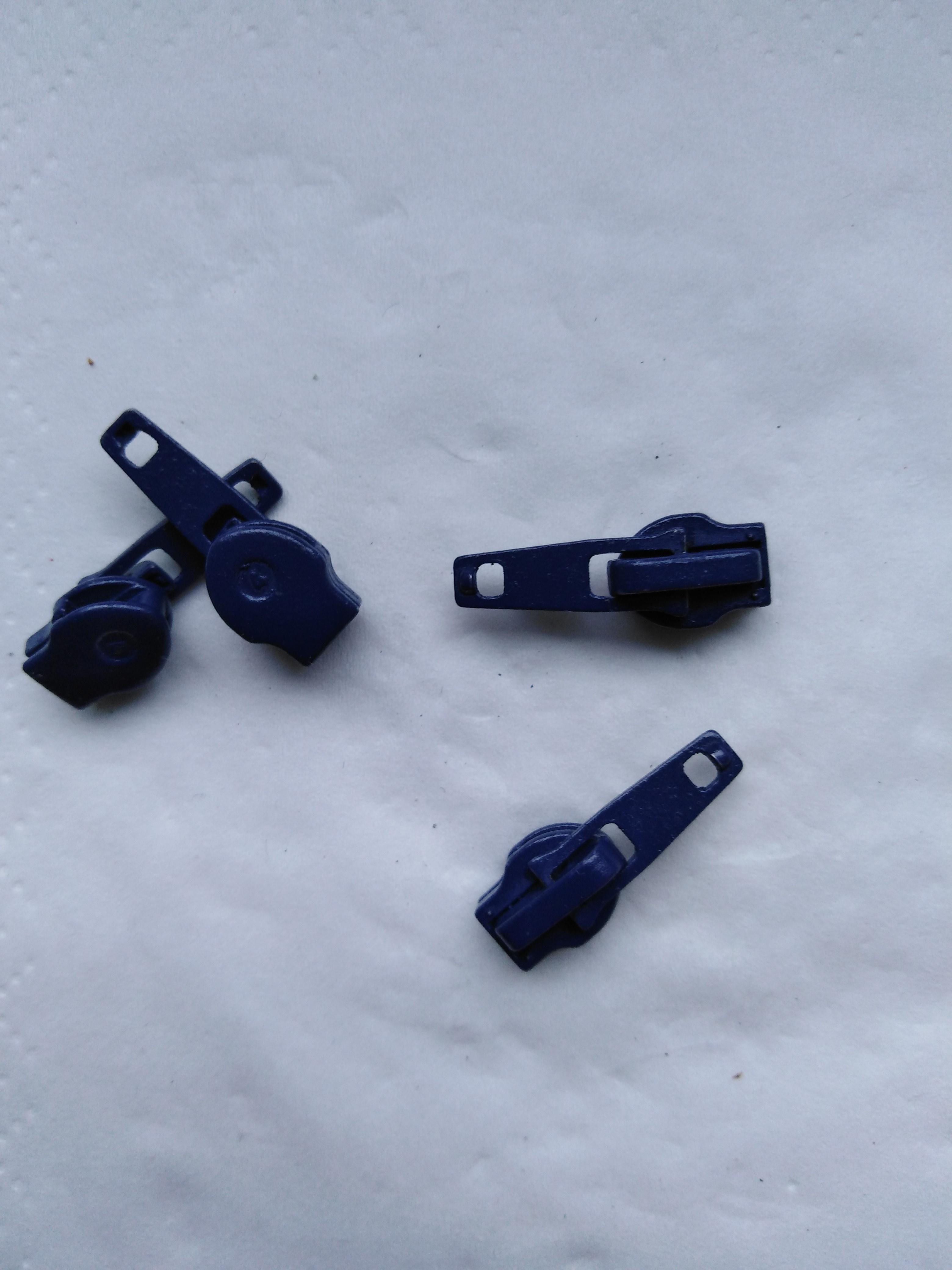 Jezdec k zipům WS0 aretační lakovaný tmavě modrý